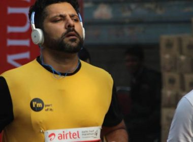 Bib-Collection for-the-Airtel-Delhi-Half-Marathon-2019-1180x600